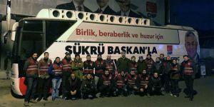 CHP'li gençler 'pankartlar kesildi' haberini yalanladı