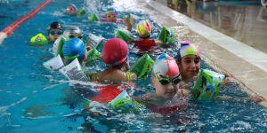 Sarıyer'de 4 bin 460 çocuk ile karne şenliği
