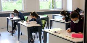 Sosyal mesafeli Akademi sınavları başladı