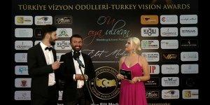 Emirhan Özhan ödüllere doymuyor!