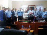 AK Partili gençlerden polise moral ziyareti