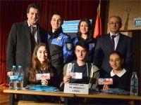Liseli öğrencilerden bilgi yarışması