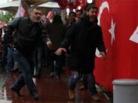 Sarıyerde MHP seçim bürosuna silahlı saldırı! VİDEO
